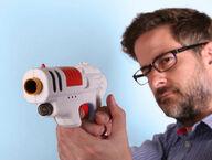 Lasersotapeli Pro